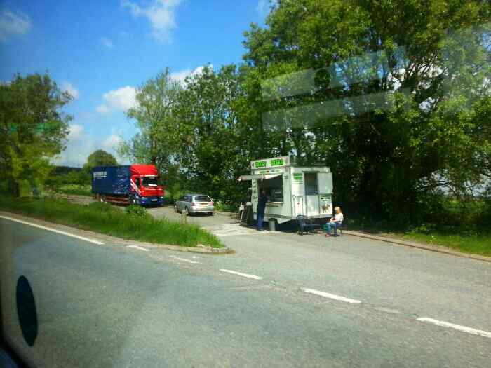Snack bar on the A52