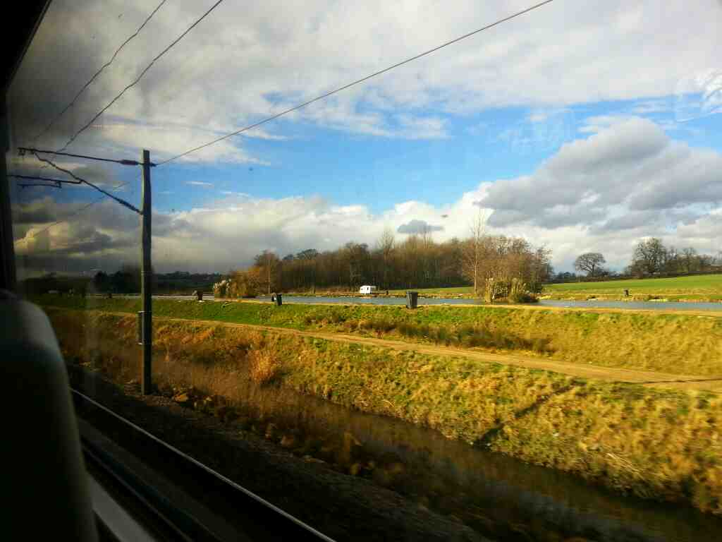 Passing Stubbs Hall Lakes fishing ponds on a Doncaster Leeds train