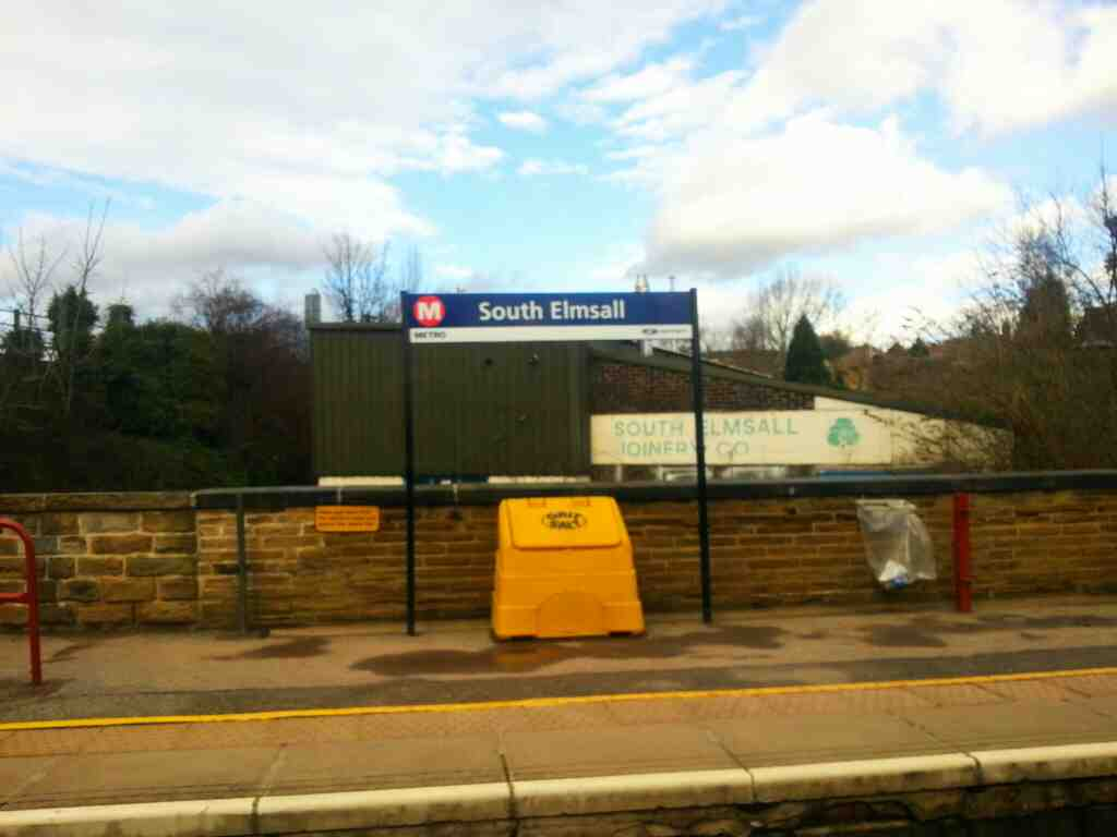 South Elmsall station on a Doncaster to Leeds train
