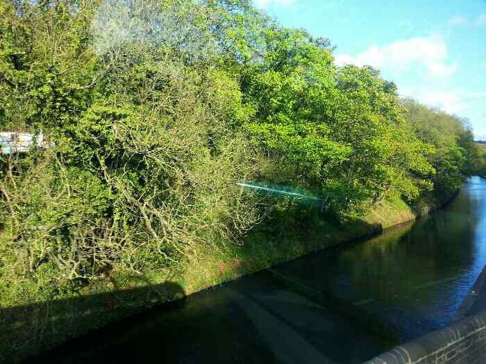 Crossing the Calder and Hebble Navigation